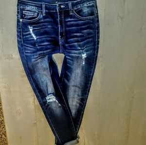 KanCan Jeans Size 28 Distressed Skinny Roll Up